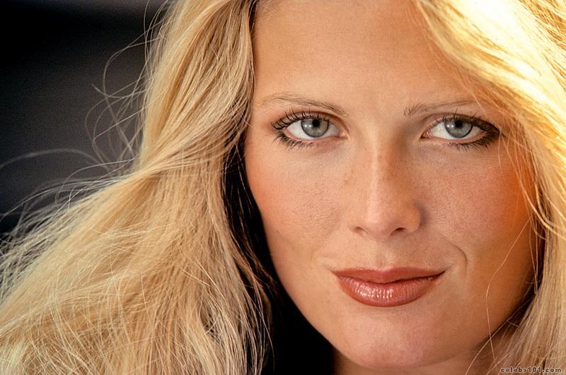 Picture of Debra Jo Fondren