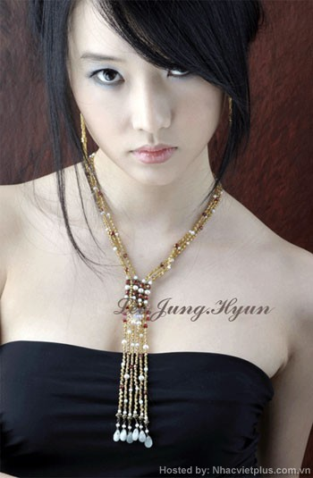 http://waytofamous.com/images/jung-hyun-lee-08.jpg
