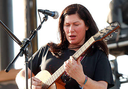 Kelley Deal