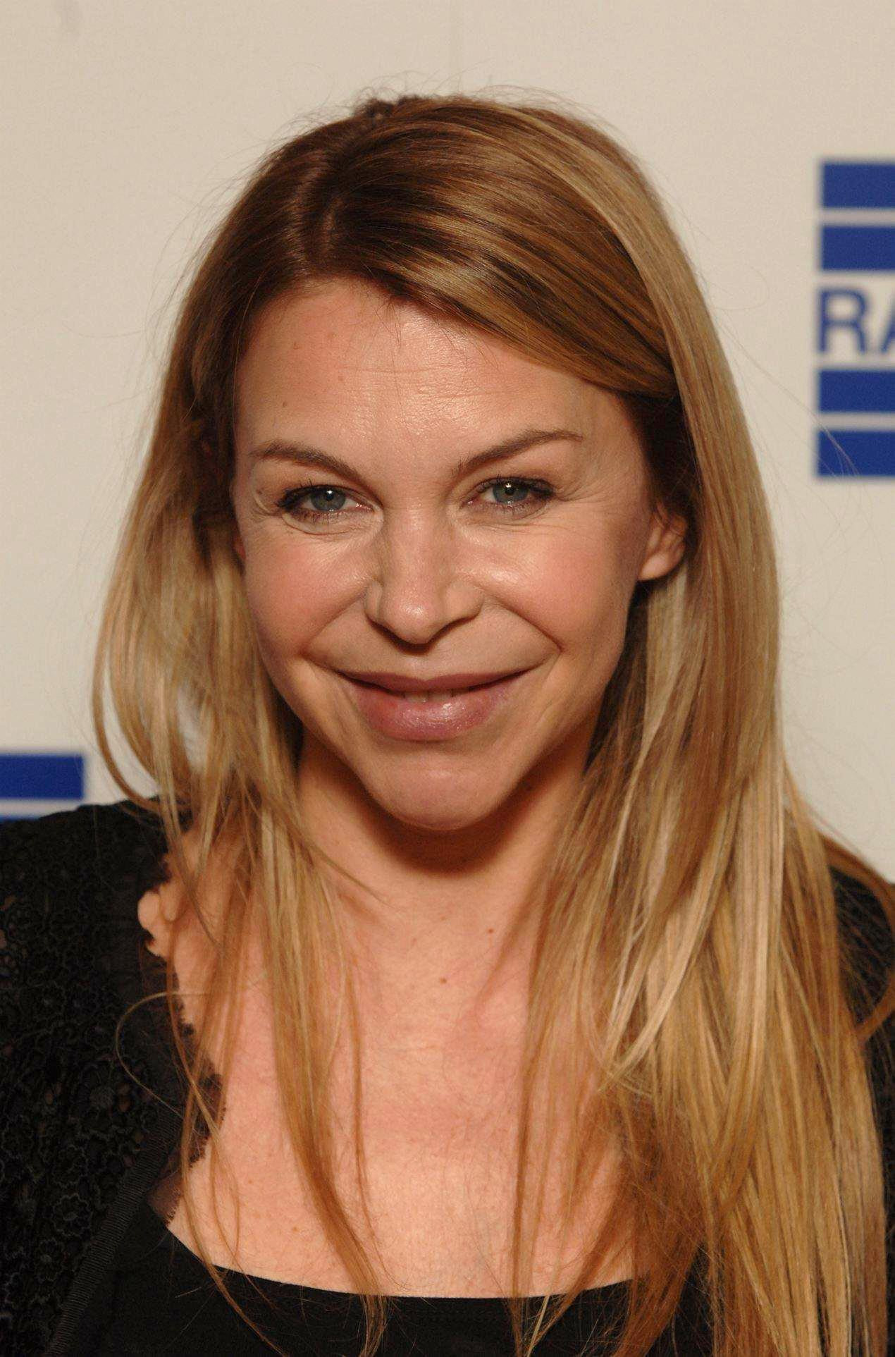 Watch Leslie Ash video