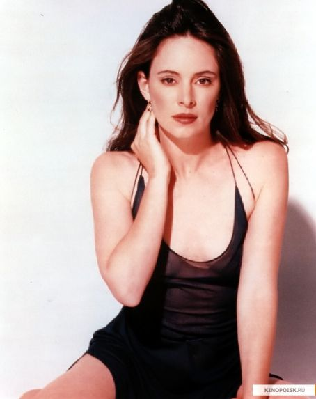 Madeleine stowe celebrities lists for Achat maison la madeleine