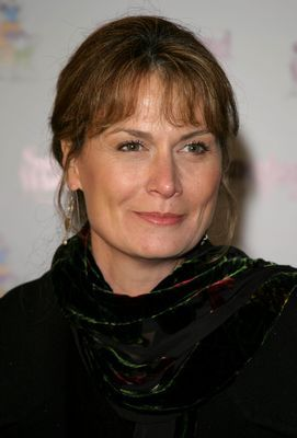 Mel Harris height and weight