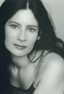 Mia Reeves