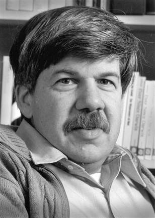 stephen jay gould essay Stephen jay gould (september 10, 1941 - may 20, 2002) was an american paleontologist, evolutionary biologist, and historian of science early in his career, gould developed with niles eldredge the theory of punctuated equilibrium, in which evolutionary change occurs relatively rapidly.