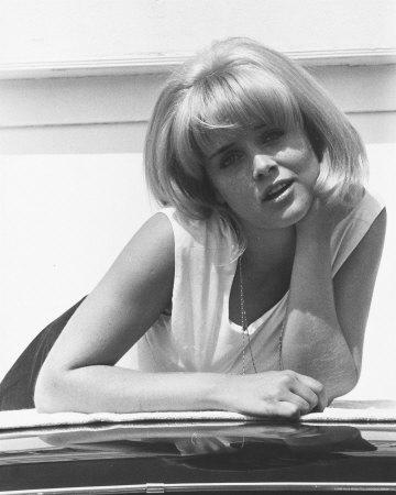 Sue Lyon age